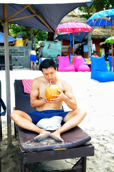 NL 147 Coconut Water Bali Beach The Brilliant Beast Blog.jpg